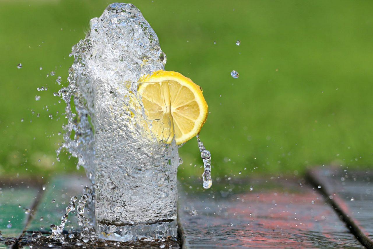 Digestione d'estate: come evitare il mal di pancia da calura