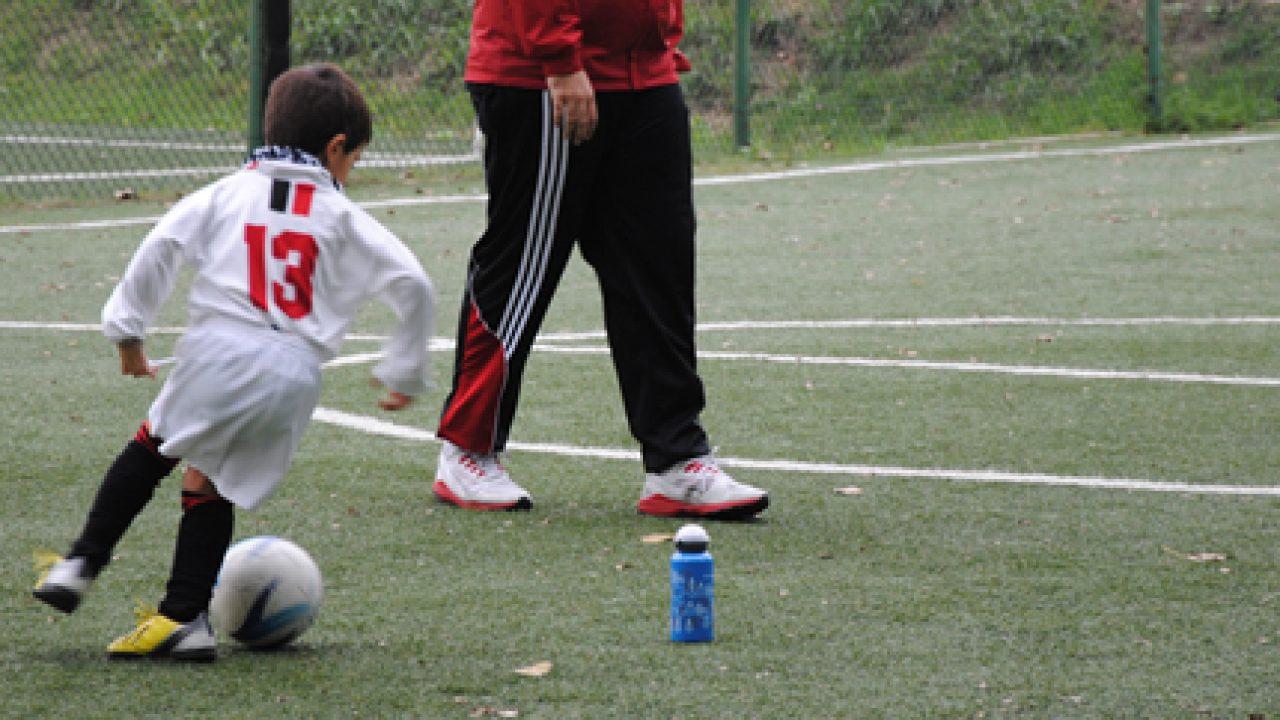 Gli sport di squadra: migliorano le capacità di relazione dei bambini
