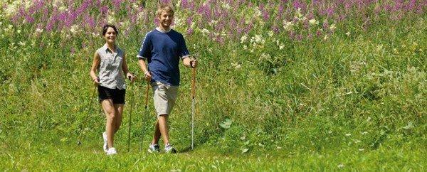 Nordic walking: due nuovi studi ne confermano l'attività bruciagrassi