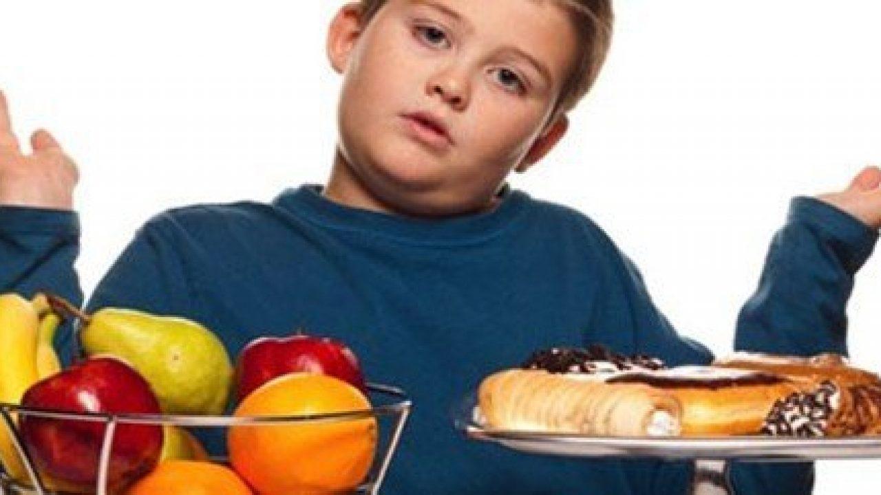 Pranzare in famiglia aiuta a ridurre il girovita dei nostri ragazzi
