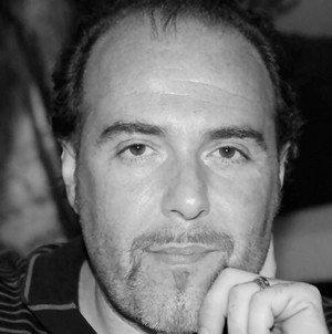 Dr- Roberto Serra