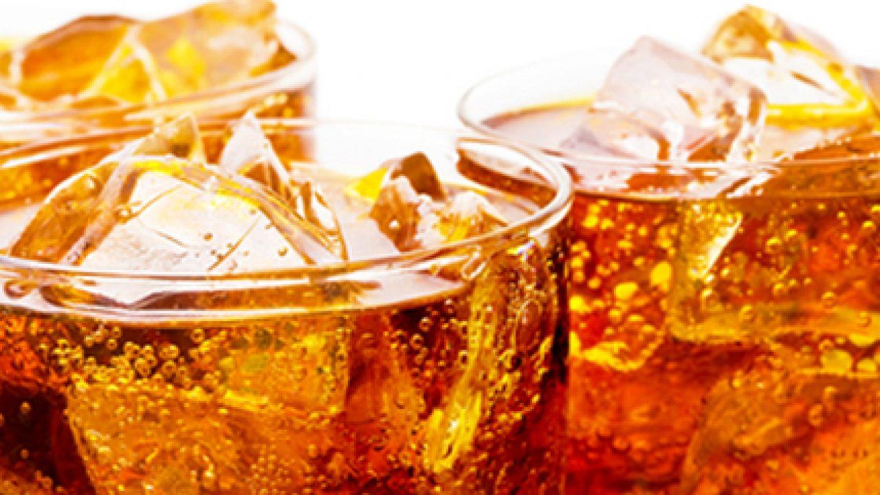 Esistono Linee Guida o Raccomandazioni ufficiali sul consumo di bevande zuccherate e gassate? Quali sono le porzioni?